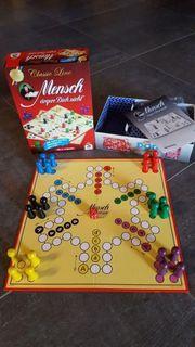 Gesellschaftsspiele für Oma und Opa