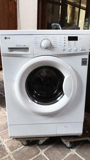 Waschmaschiene 8 Kg LG F1498TD