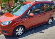 Ford tourneo courier 1 0