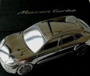 Porsche Macan Turbo Modell - Briefbeschwerer