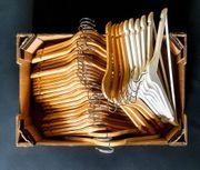 RESERVIERT Kleiderbügel Holzkleiderbügel 39 Stück