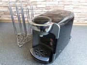 Tassimo Kaffeemaschine mit Kapselständer