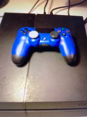 Play Station 4 mit Controller