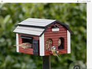Neues Wildvogel Futterhaus Scheune mit
