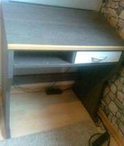 Verschenke kleineren Schreibtisch Sekretär