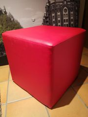 Roter Sitzwürfel 46cm x 46cm