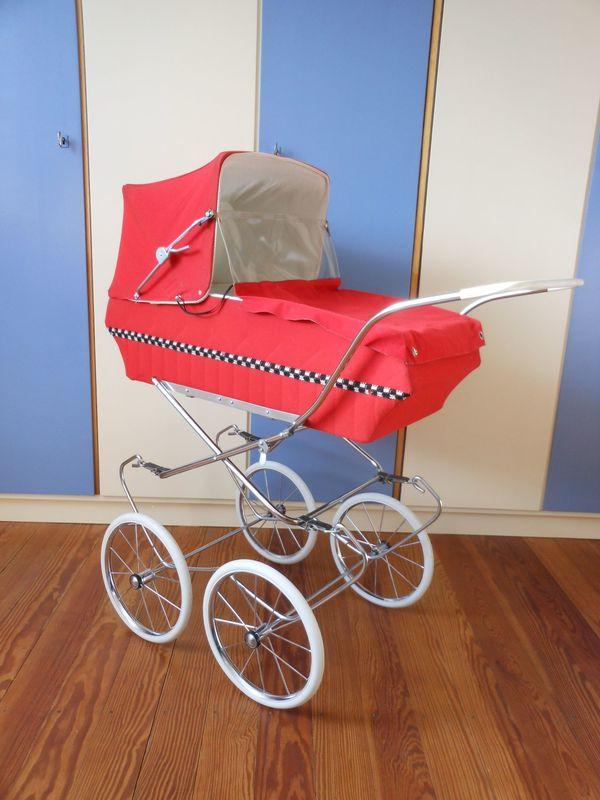 Puppenwagen 70er Jahre Rot Spielzeug