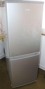Kühl-Gefrierkombi in Silber