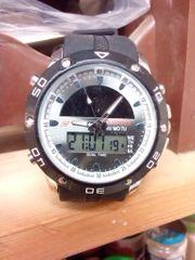 Armbanduhr mit Solarsensor NEU