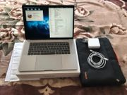 Apple MacBook Pro 15 mit