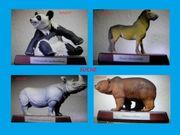 Suche Schleich Figuren auf Holzsockel