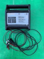 Auto-Batterie-Ladegerät