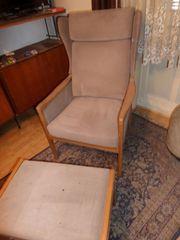 Omas Sessel mit Hocker gebraucht