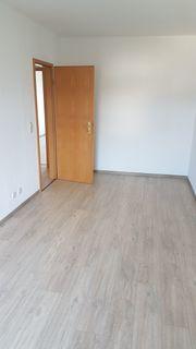 Schöne helle verkehrsgünstige 5 Zimmer-Wohnung