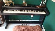 digital Piano Roland Bastler