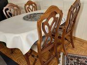 Esszimmertisch mit 6 Stühlen im