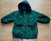 Warme grüne Jacke - Größe 104 -