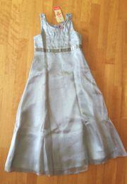 Mädchen-Kleid Gr 146 152 mit