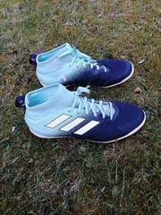 Fussballschuhe Adidas zu verkaufen