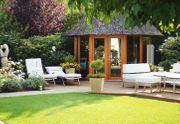Gartenarbeit - moderne Landschaftsgestaltung