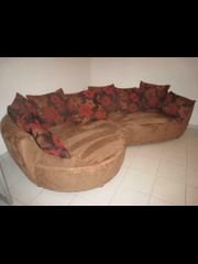 Couch mit besonderer Form
