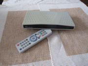 Digitaler Sat-Receiver mit Fernseher