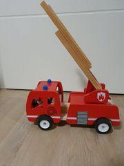 Feuerwehrauto Holz
