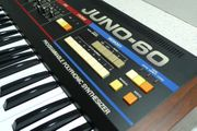 Analog Synthesizer ROLAND Juno-60