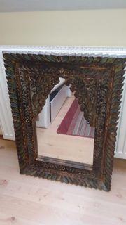 antiker spiegel handgeschnitzt aus schweizer