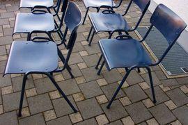 Büromöbel - 6 x Stapelstühle Stühle Stuhl