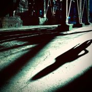 Begegnung im Schatten