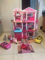 Barbie Traumvilla mit Fahrstuhl inkl