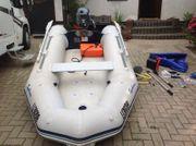 Schlauchboot Bombard mit Außenbordmotor