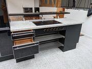 Zweiteilige Zeyko Küche mit Geräten