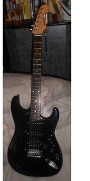 SCHNÄPPCHEN Seltene Vintage E-Gitarre 90er
