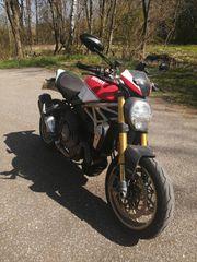 Ducati Monster 1200 S Anniversario