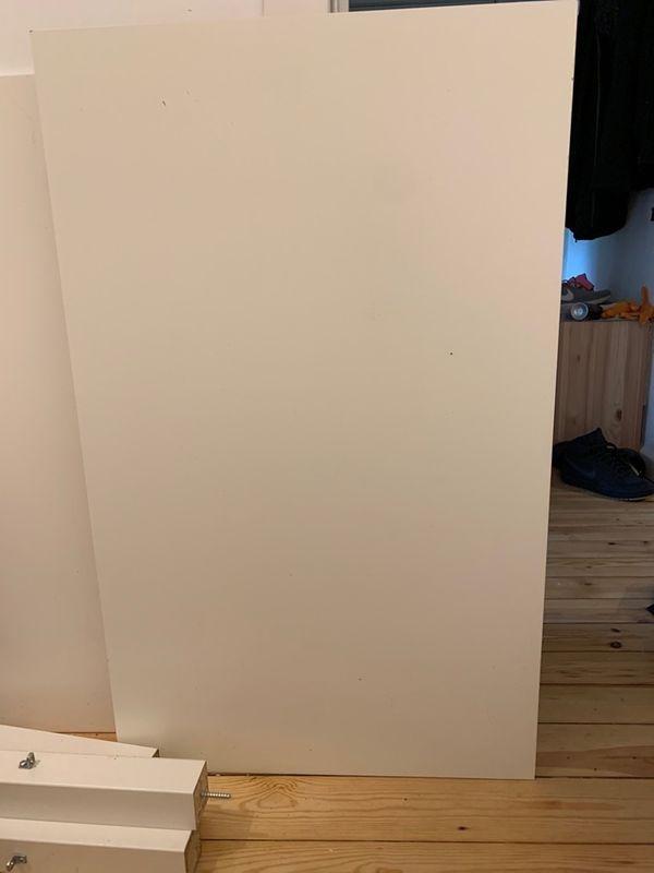 Ikea Standart Tisch