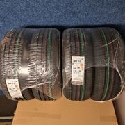 Nagelneue Bridgestone T005A 215 45
