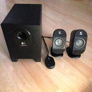 Logitech X-210 Soundsystem mit Subwoofer