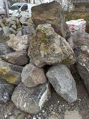 Flussbausteine Felsen