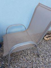 2 Stühle stapelbar