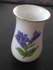 kleine Vase Meissen - Motiv Enzian