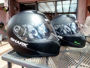 Motorradbekleidung Motorradstiefel und Helme 1x