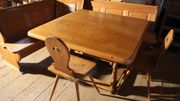 Gemütliche Bauernstube Sitzecke mit Regal