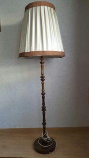 Stehlampe Retro