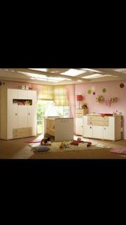 Schickes Babyzimmer