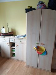 Kinderzimmer inkl Wickeltisch