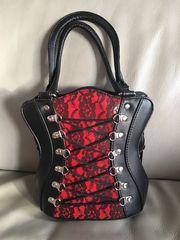 Kleine Tasche in Korsett Design
