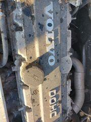 Motor Volvo V70 2 4