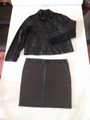 Damenkleider 40 - 48 M - XL